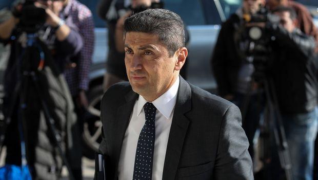 , Αυγενάκης για Γεωργιάδη: «Σηματοδότησε για δεκαετίες το ποδόσφαιρό μας»