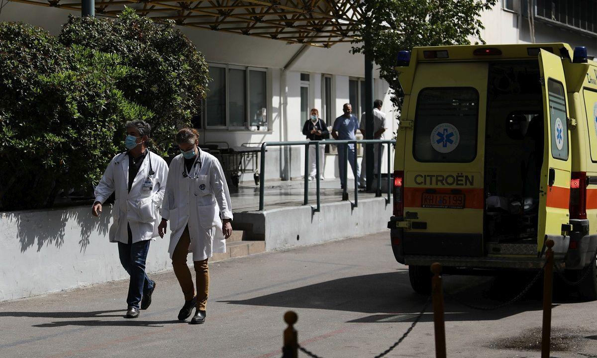 , Κορονοϊός: 33 θάνατοι- 599 νέα κρούσματα, 3 στην Μεσσηνία