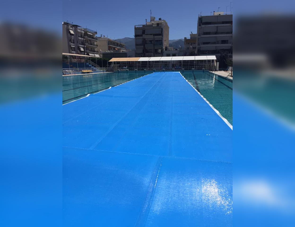 """, Στρώθηκε η """"κουβέρτα"""" στο κολυμβητήριο- Ανοίγει και η μικρή πισίνα"""