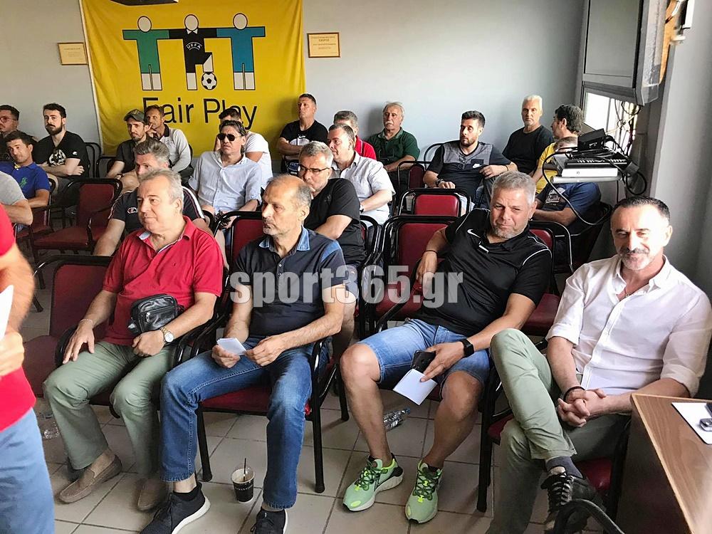""", Οι Μεσσήνιοι προπονητές δίπλα στην """"Κιβωτό του κόσμου"""""""