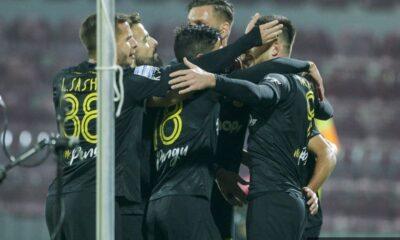 , Super league: Καθάρισε στο τελευταίο 20λεπτο η ΑΕΚ, 4-1 την Λάρισα (βίντεο)