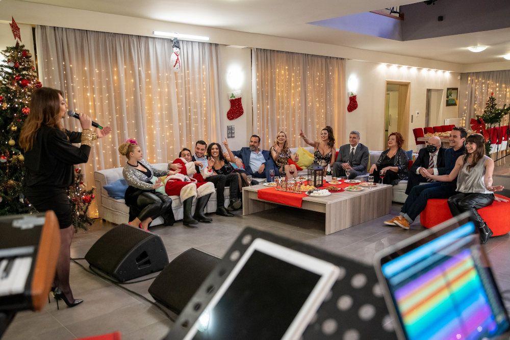 , Ρεβεγιόν παρέα με την τηλεόραση: Τι έχουν απόψε τα κανάλια -Ρέμος, Θεοδωρίδου, Γαρμπή