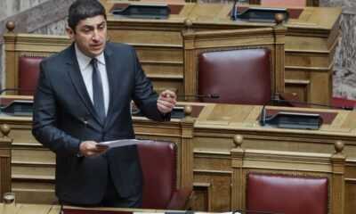 , Πρόταση Αυγενάκη να ανοίξουν και οι ακαδημίες μαζί με τα Δημοτικά
