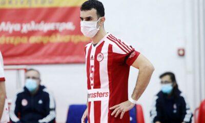 , Βόλεϊ: Με μάσκα αγωνίστηκε ο Στιβαχτής (φωτο)