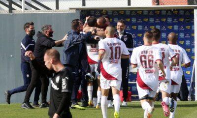 , ΟΦΗ-ΑΕΛ 2-3: Άλωσε το Ηράκλειο σε… τρελό ματς (βίντεο)