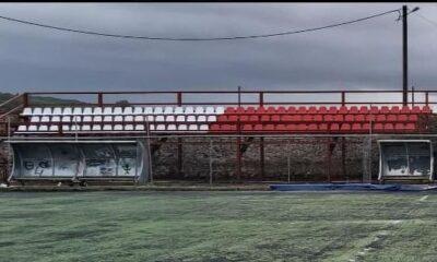 , Γήπεδο Γαργαλιάνων: Τοποθετήθηκαν τα καθίσματα, περιμένουν και τα αποδυτήρια
