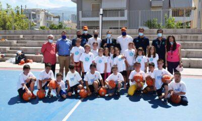 , «Τρίποντα στα σχολεία» και στην Καλαμάτα – Δράσεις γνωριμίας με το μπάσκετ (φωτο & βίντεο)