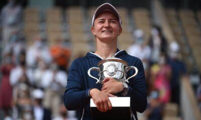 , Roland Garros: Το πήρε η Κρεϊτσίκοβα (video)