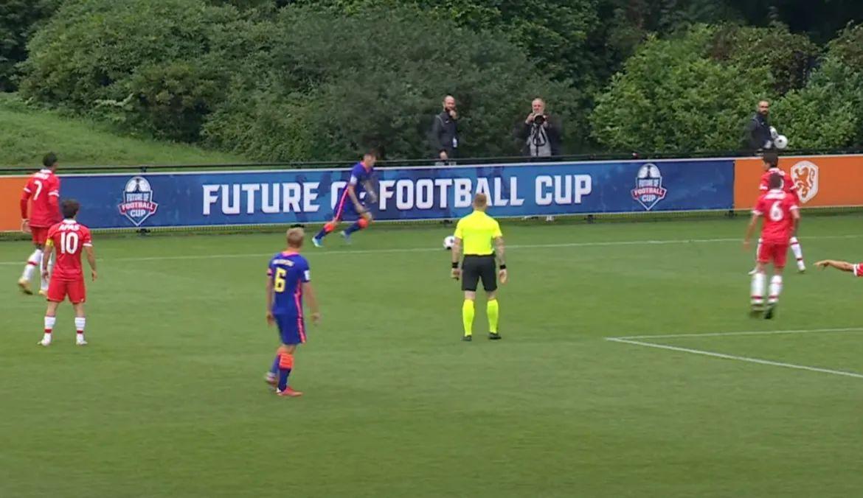 , Η FIFA ετοιμάζεται να αλλάξει βιαίως το ποδόσφαιρο: Δύο ημίχρονα των 30′, απεριόριστες αλλαγές, πεντάλεπτες αποβολές (video)
