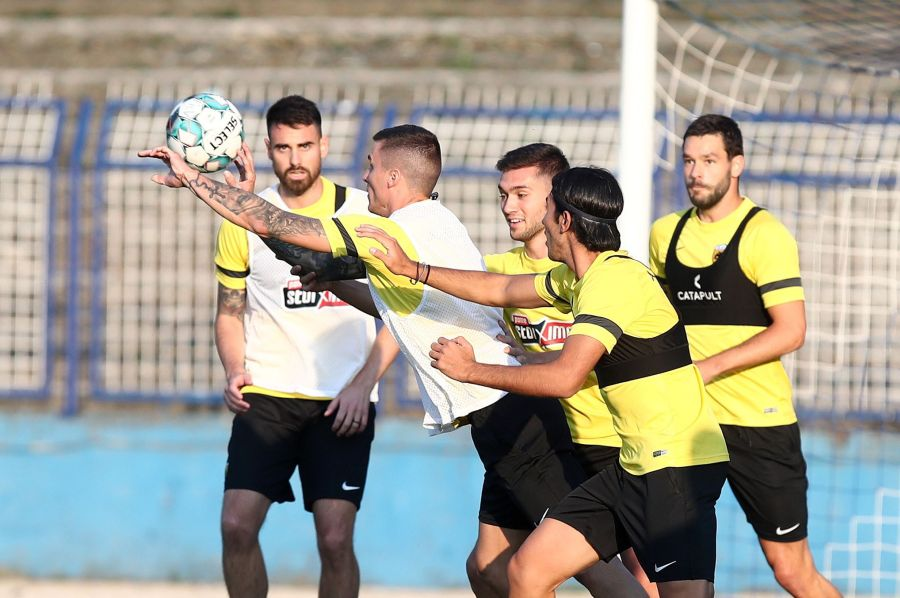 , Conference League: Αστάνα-Άρης (16:00) και Βελέζ-ΑΕΚ (21:30)