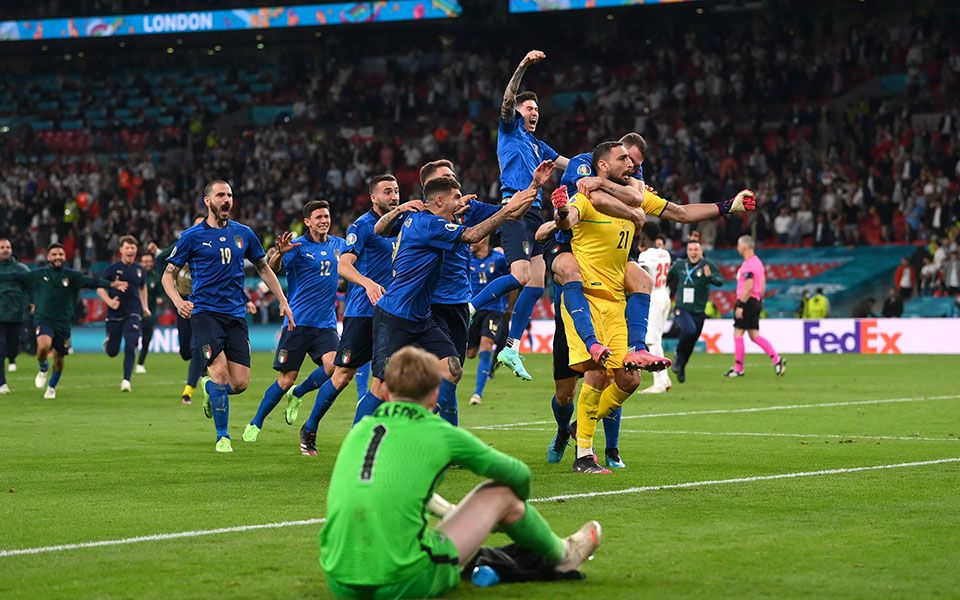 , Euro 2020: Πρωταθλήτρια Ευρώπης η Ιταλία, βύθισε στο πένθος την Αγγλία (video)