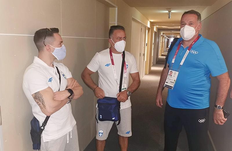 , Ο πρόεδρος της ΕΟΕ Σπύρος Καπράλος επισκέφτηκε τους αθλητές στο Ολυμπιακό Χωριό (φωτο)