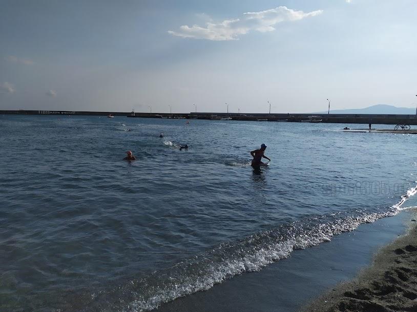 , Ισπανική πρωτιά στον κολυμβητικό διάπλου Κορώνη-Καλαμάτα (video)