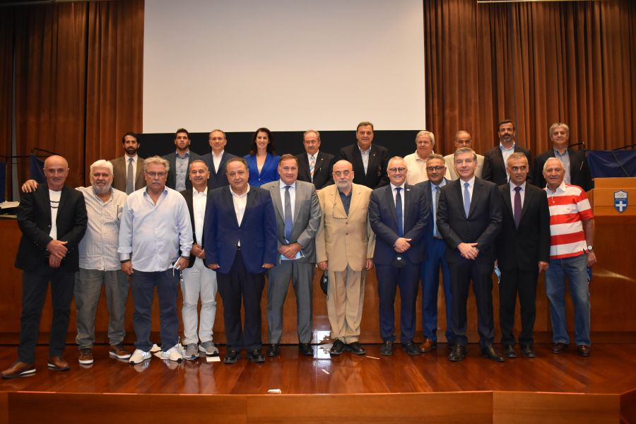 , O Σπύρος Καπράλος επανεξελέγη Πρόεδρος της ΕΟΕ για τέταρτη θητεία