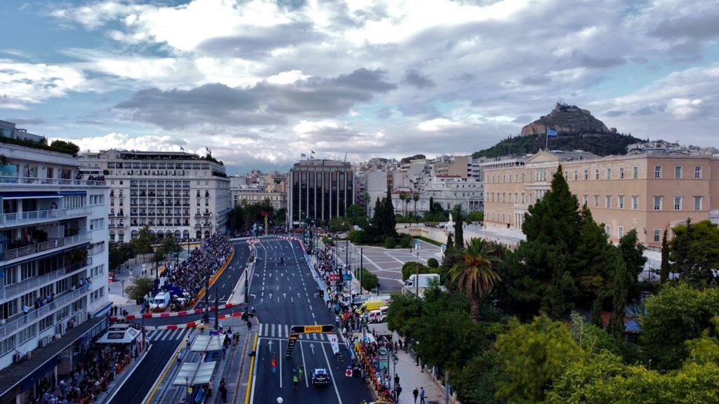 , Ράλι Ακρόπολις: Υπερθέαμα στην ειδική στο Σύνταγμα – Ταχύτερος ο Οζιέ – Δεύτερος Έλληνας ο Πλάγος