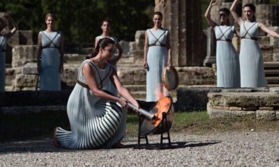 , Άναψε η Φλόγα για τους Χειμερινούς Ολυμπιακούς Αγώνες «Πεκίνο 2022»
